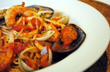 Espaguete ao Molho de Frutos do Mar